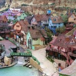 Деревня Попай (Popeye Village) — коплекс развлечений в честь фильма, бухта Анкор-Бэй, Меллиеха, Мальта