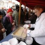 Мэр Праги угостит туристов бесплатным рыбным супом в канун Рождества