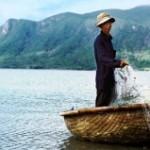 Вьетнамские рыбаки спасли российских туристов