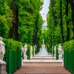 Летний сад – место придворной жизни Петербурга