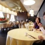 Официанты-дроны появились в Сингапуре