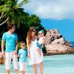 Куда отправиться с ребенком на каникулы осенью?