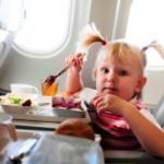 Какие продукты не стоит употреблять перед полетом