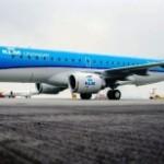 Неадекватный пассажир ранил пилота во время полета