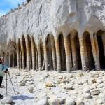 Таинственные каменные колонны озера Кроули, Калифорния, США