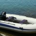 Двое русских безумцев отправляются из Москвы в Мадагаскар на резиновой лодке