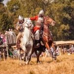 """На фестивале """"Времена и эпохи"""" зрителям покажут уникальные конные трюки"""