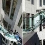 На крыше небоскреба в Лос-Анджелесе открылся стеклянный аттракцион