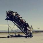 Пилот европейского лоукостера улетел без 90 пассажиров