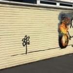 Бэнкси нарисовал граффити на стене школы в родном городе