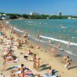Загрузка пляжей Черноморского побережья Кубани превысила 100 процентов