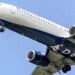 Крупнейшая авиакомпания мира приостановила полеты в Россию