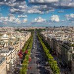 Автобусы-беспилотники разъезжают по Парижу