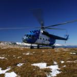 Вертолет с туристами совершил жесткую посадку на Камчатке